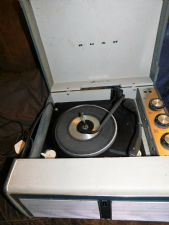 VINTAGE BUSH SRP41 SRP 41 PORTABLE RECORD PLAYER MONARCH WORKING BUT NO MANUAL